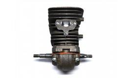 Polomotor Husqvarna 142